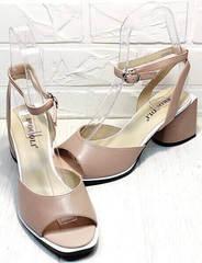 Женские босоножки кожа. Модные босоножки на каблуке с квадратным носом Brocoli B18900N-5454 Beige.