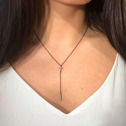 Колье V-образное с крестиком и подвеской-иглой (серебро 925)