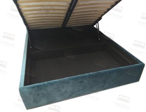 Ящик с подъемным механизмом обшитый файбертексом (платная опция)