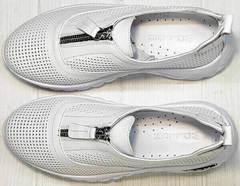 Белые женские кроссовки из натуральной кожи с перфорацией Wollen P029-259-02 All White.