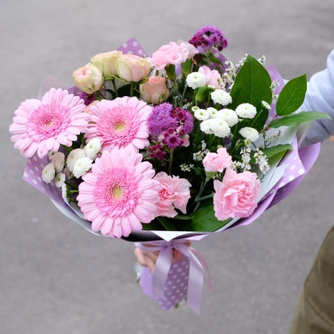 Букет осенний 6 с розовыми герберами и пионовидными розами