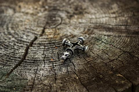 оберег Исландский (волчий) крест