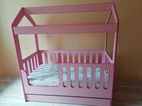Кровать-Домик ЛДСП с ящиком (Розовый,Лайм,Желтый)