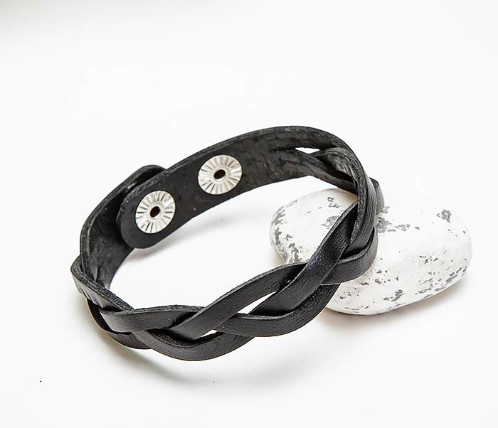 BL796-1 Мужской плетеный браслет из черной кожи