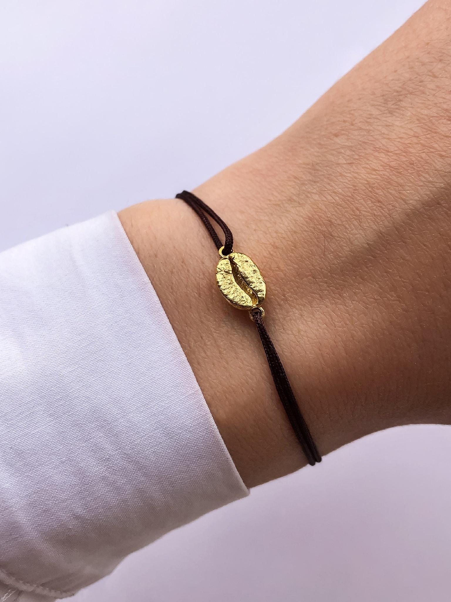 Серебряный браслет-нить