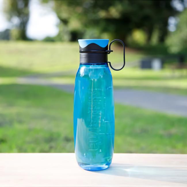 """Бутылка для воды с петелькой Sistema """"Hydrate"""", Тритан, 650 мл, цвет Синий"""