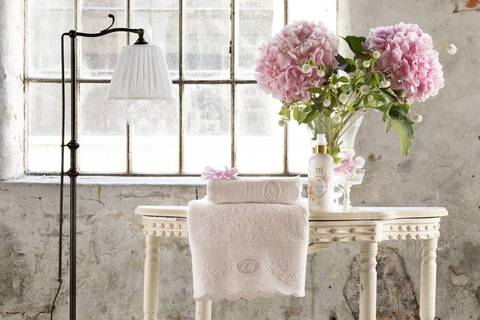 Набор полотенец  ANTOINETTE розовый 2 пр. 50Х100 и 75Х150 TIVOLYO HOME Турция