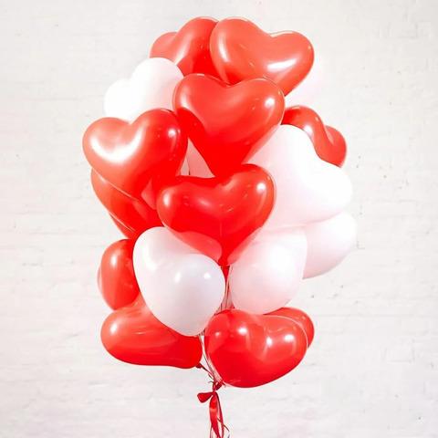 Воздушные шары сердца красно-белые