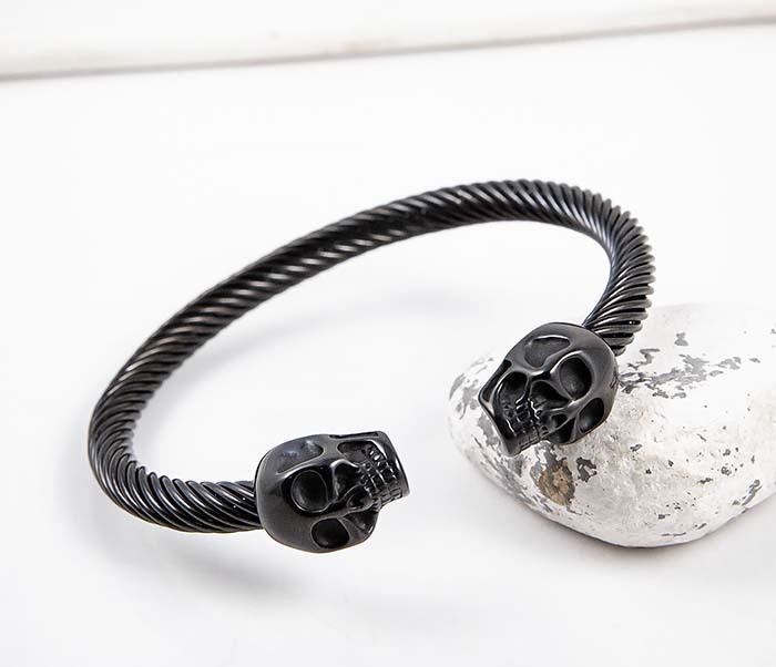 BM592-2 Черный стальной браслет с черепами фото 04