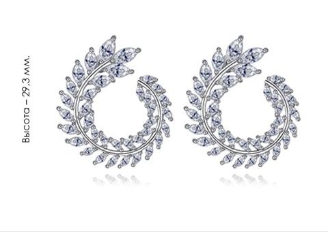 37920- Серьги круглые из серебра с цирконами огранки маркиз
