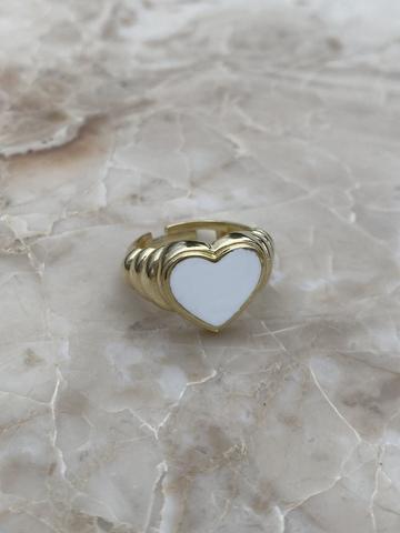 Кольцо Лавли из позолоченного серебра с белой эмалью