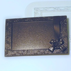 Пластиковая форма для шоколада ср. РАМКА С БАНТИКОМ 145х100мм
