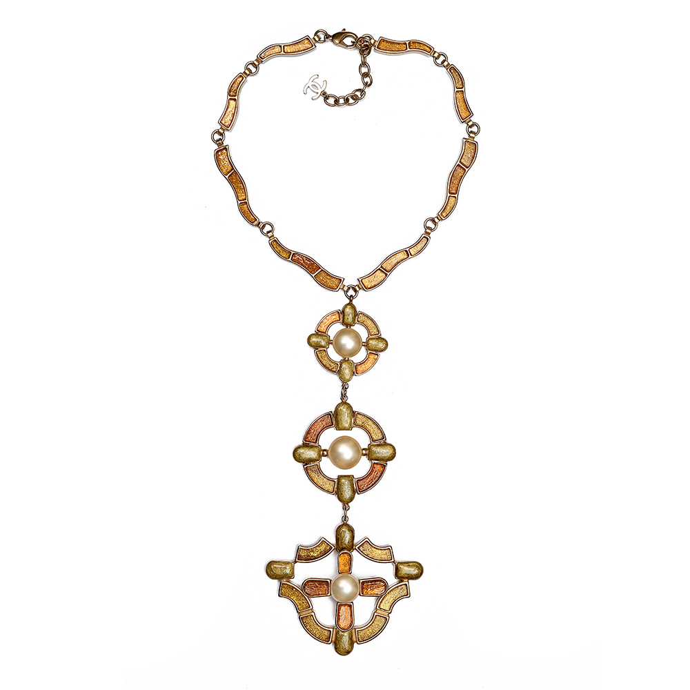 Limited edition Chanel necklace from Pre Fall 2007 Collection