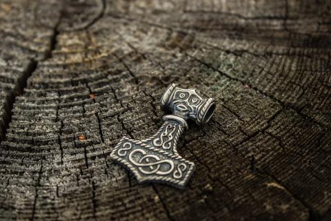 Молот Тора из Одесхога (Швеция, 10 век)