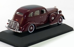 ZIS-101A dark red 1936 IST086 IST Models 1:43