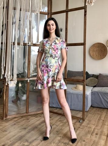 Марта. Літнє плаття на запах з воланами. Бузкові квіти