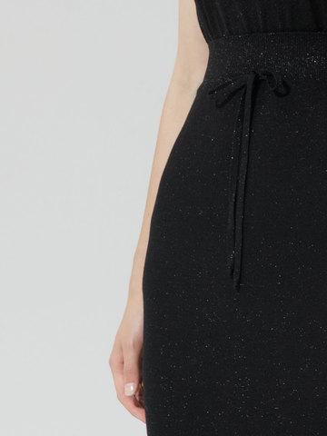 Женская двухслойная юбка-карандаш с люрексом черного цвета - фото 3