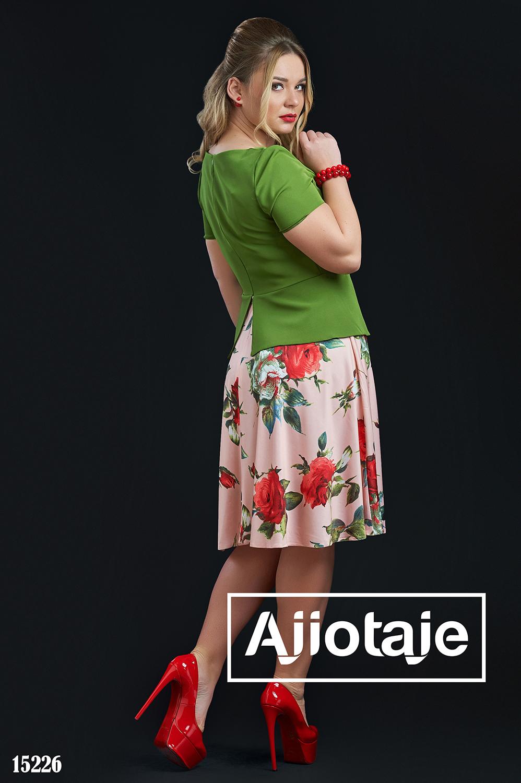 Комбинированное платье с баской