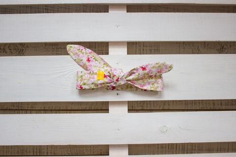Повязка на голову (солоха) белая с розовыми цветами