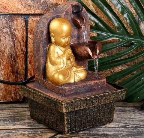 Фонтан настольный от сети Маленький будда медитирует у водопада