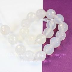 Бусина Агат (тониров), шарик с огранкой, цвет - бледно-серый, 10 мм, нить