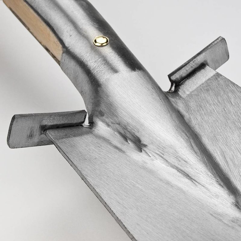 Узкая Лопата Sneeboer с подставкой. 85 см D-рукоятка