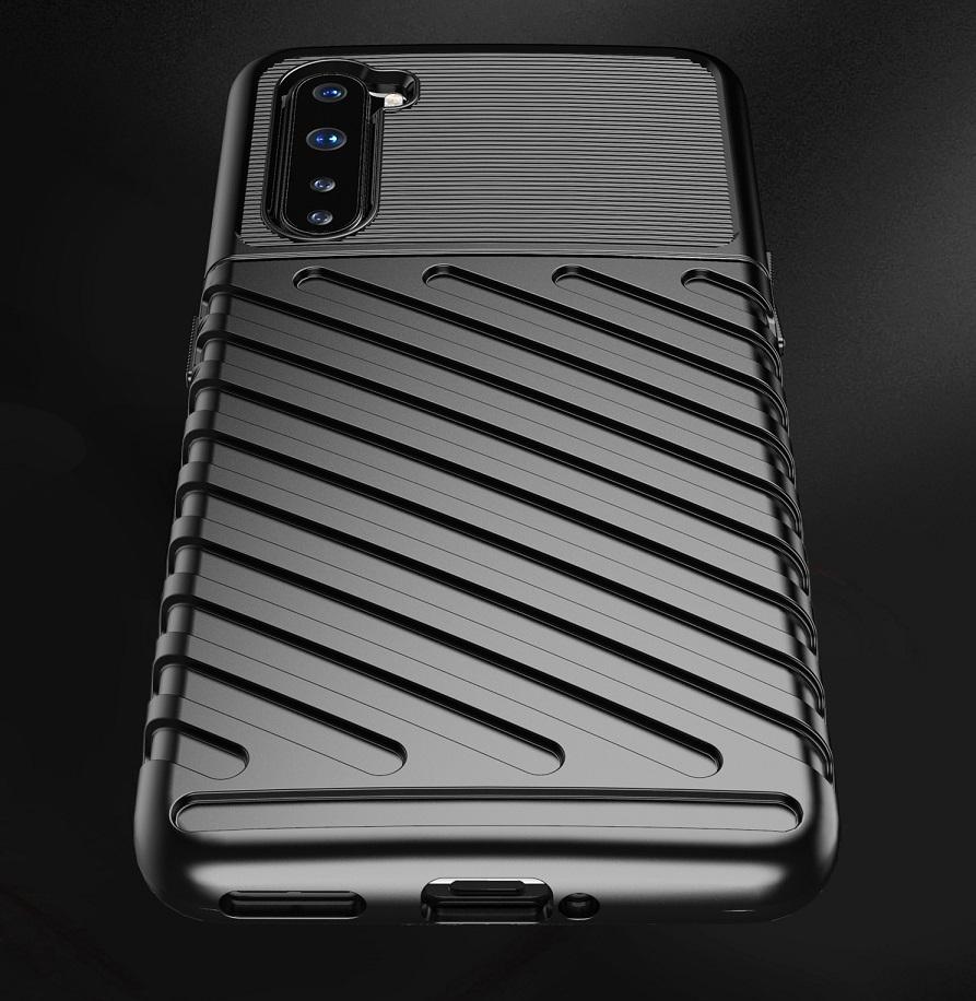 Ударопрочный чехол на OnePlus Nord черного цвета, серия Onyx от Caseport