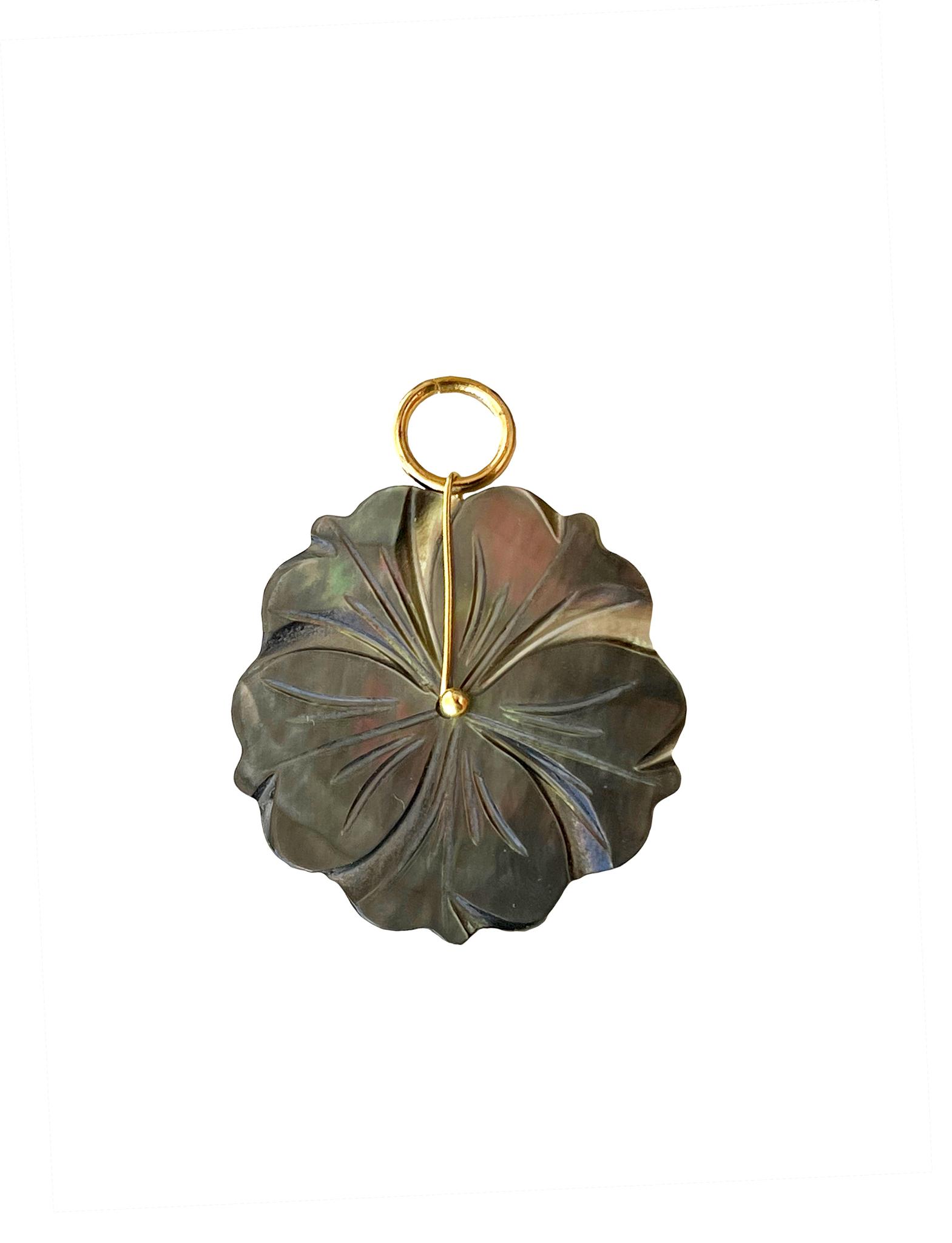 Подвеска Цветок из перламутра плоский 27 мм / brown /