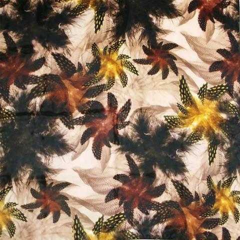 Фото коричневый шейный платок с цветочным принтом в осенних тонах - Платок У004-549 (1)