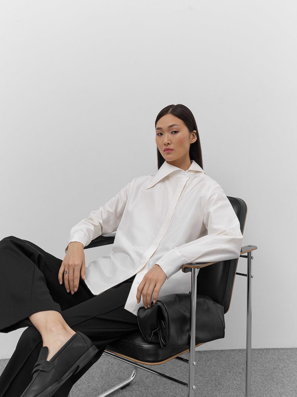 Блуза Vanessa с асимметричным воротником