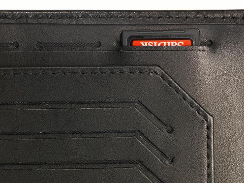 Обложка для паспорта Victorinox Altius Edge Leibnitz с защитой RFID, чёрная, кожа наппа, 11x2x15 см