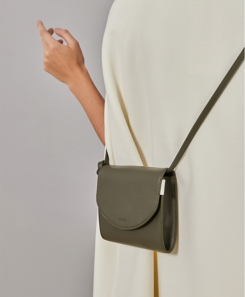 сумка-зеленая