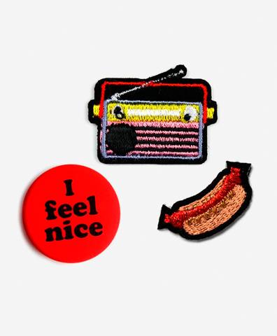 Набор из патчей-заплаток Radio&Hotdog и значка
