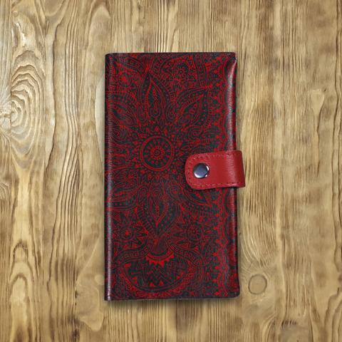 Клатч на кнопке большой «Узоры мантра», черный  с красным хлястиком и отделом под карты