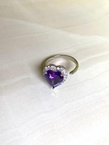 Кольцо Аквахарт с фиолетовым сердцем, серебряный цвет