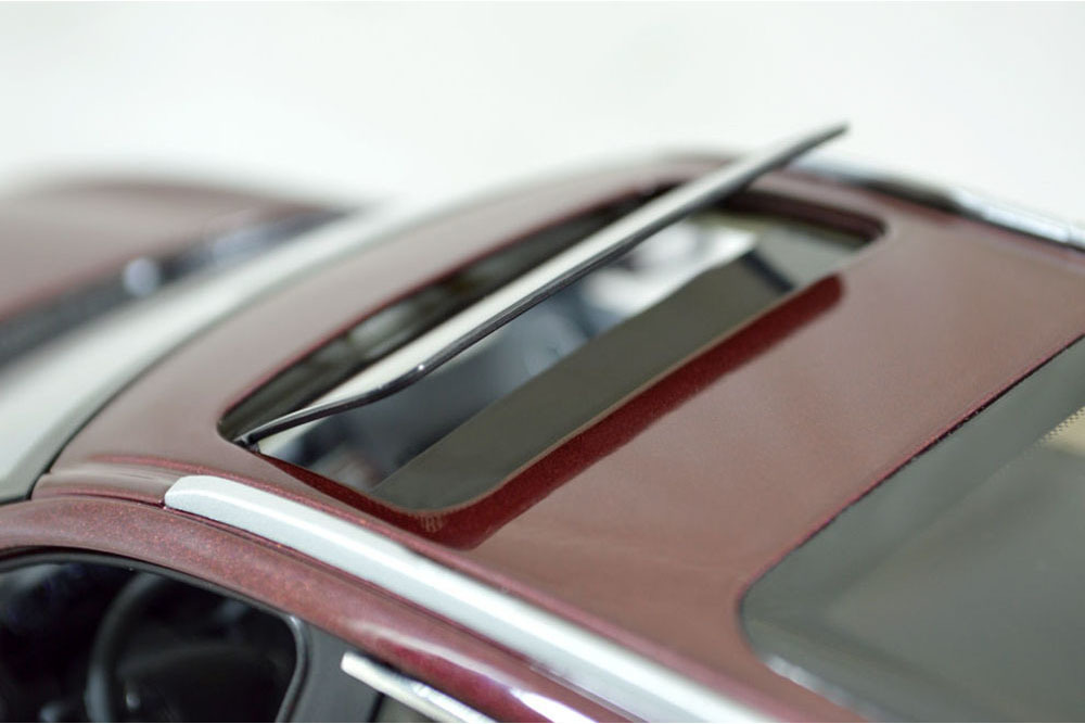 Коллекционная модель INFINITI QX60 2015 DARK RED