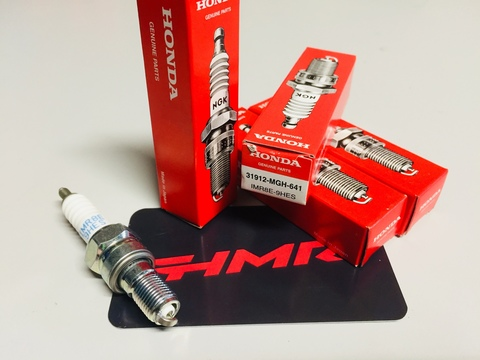 Свеча зажигания IMR8E-9HES VFR1200 X/XD 31912-MGH-641