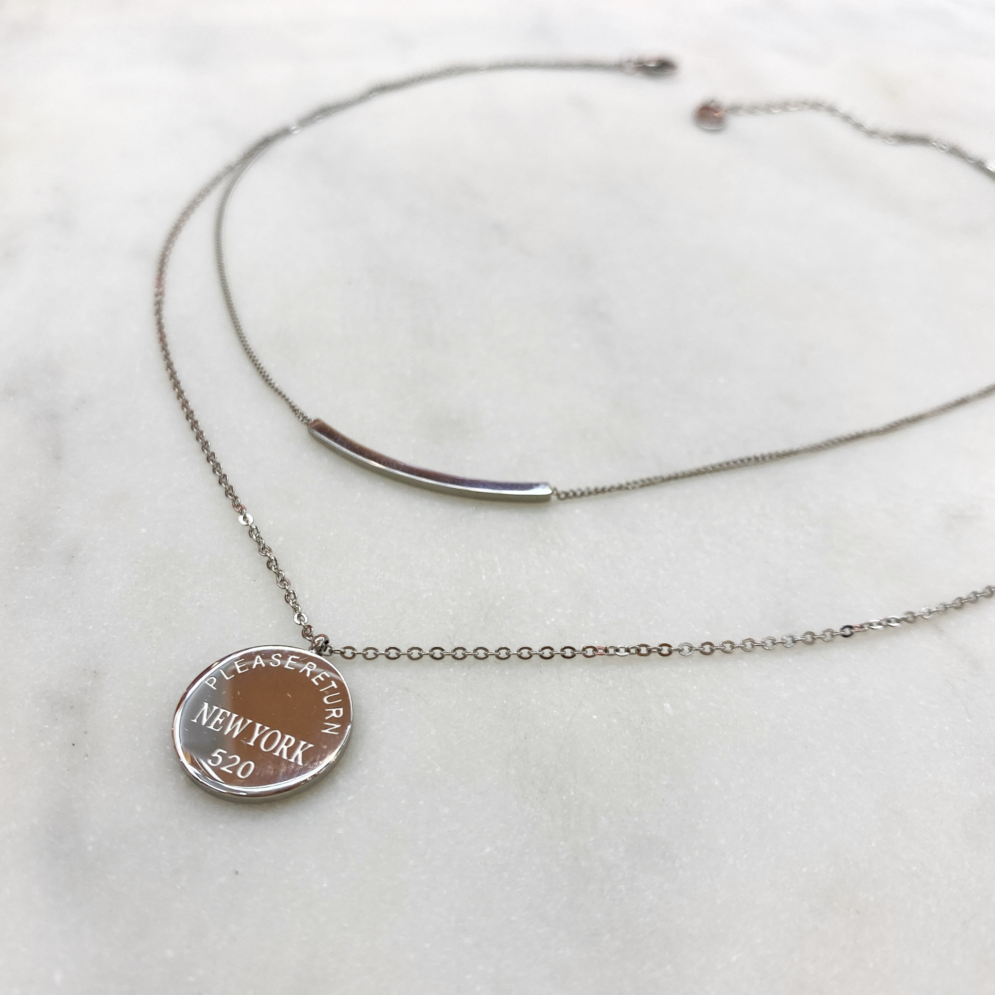 Колье-цепь двухрядное со скобой и медальоном, сталь (серебристый)