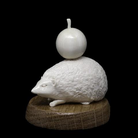 Статуэтка «Ёж с яблоком»