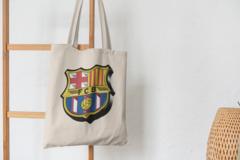 Сумка-шоппер с принтом FC Barcelona (ФК Барселона) бежевая 009
