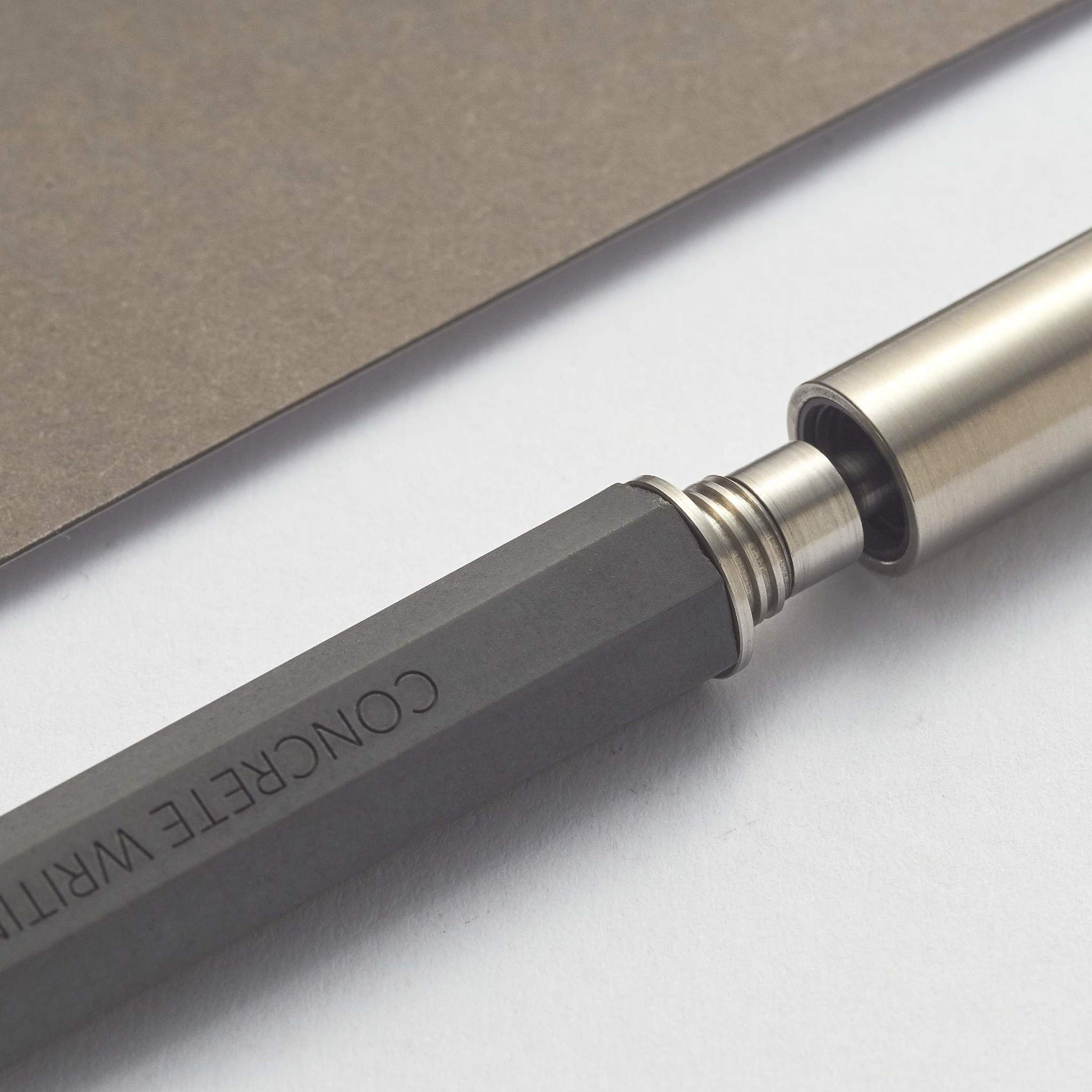 22 Studio Ручка-роллер Seven Rollerball Pen Dark Grey