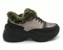Кроссовки зимние с меховой оторочкой
