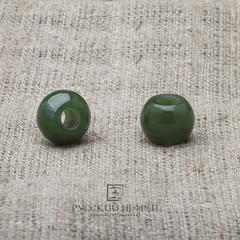 Шармы из зелёного нефрита. Малый. 1шт.