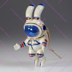 Ёлочная игрушка Зайчик-космонавт