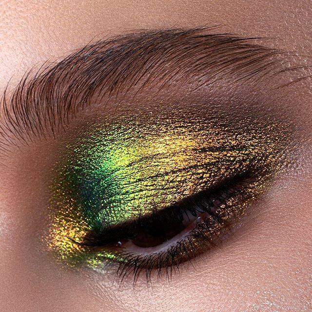 Natasha Denona Chromium Liquid Eyeshadow Scarab