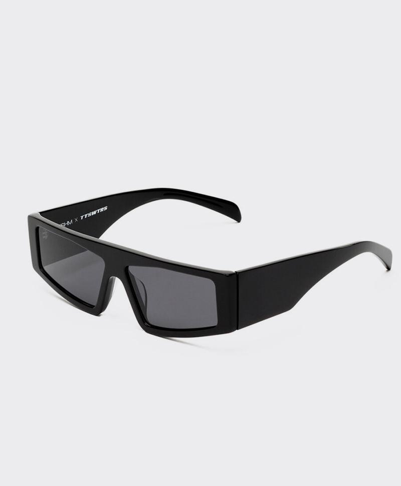 FXT-01-BLACK_a-900x900
