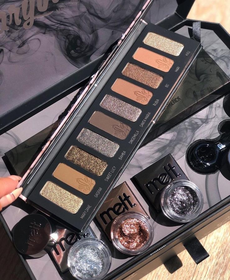 Melt Cosmetics Mary Jane Eyeshadow Palette