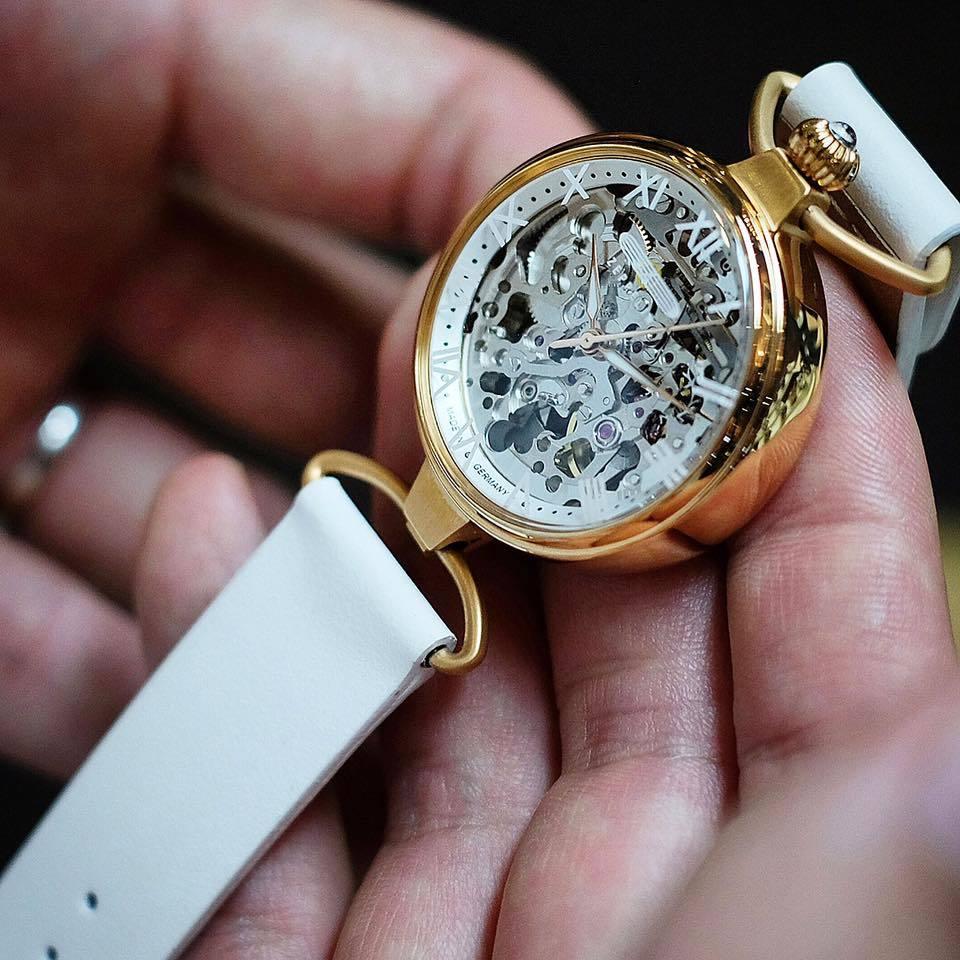 Женские часы Zeppelin Princess of the Sky 74591