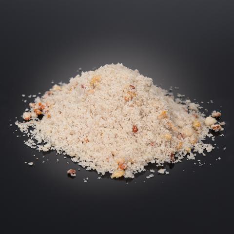 Salt with cloudberry