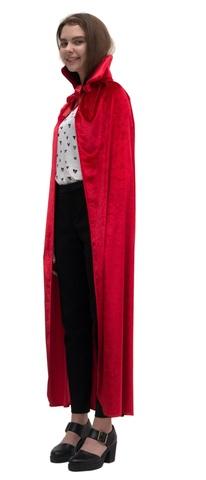 Красный бархатный плащ с воротником-стойкой